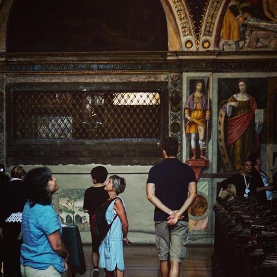 Rosanne and Orazio admire the art of San Maurizio al Monastero Maggiorevia Instagram